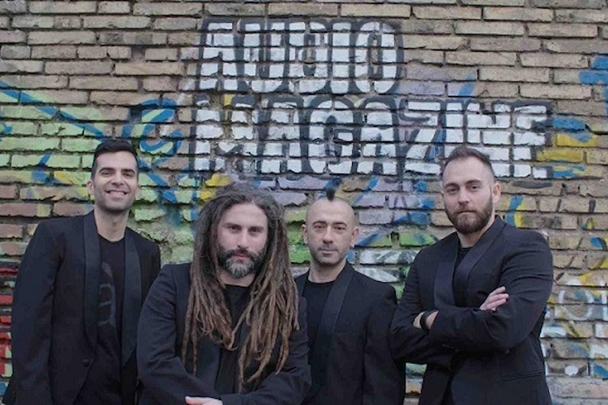 Dopo il singolo Ore Ore esce Caramba, il primo album degli Audio Magazine