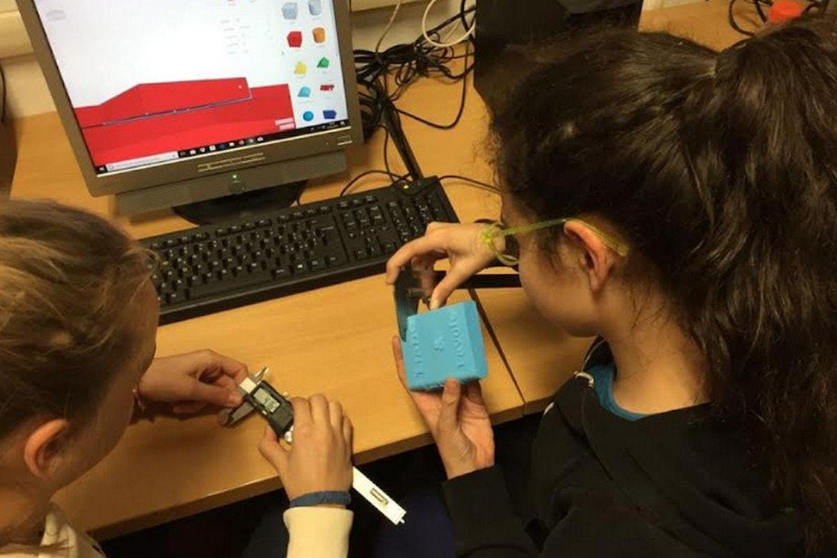 Laboratorio di coding Stream Team organizzato da Girls Code it Better