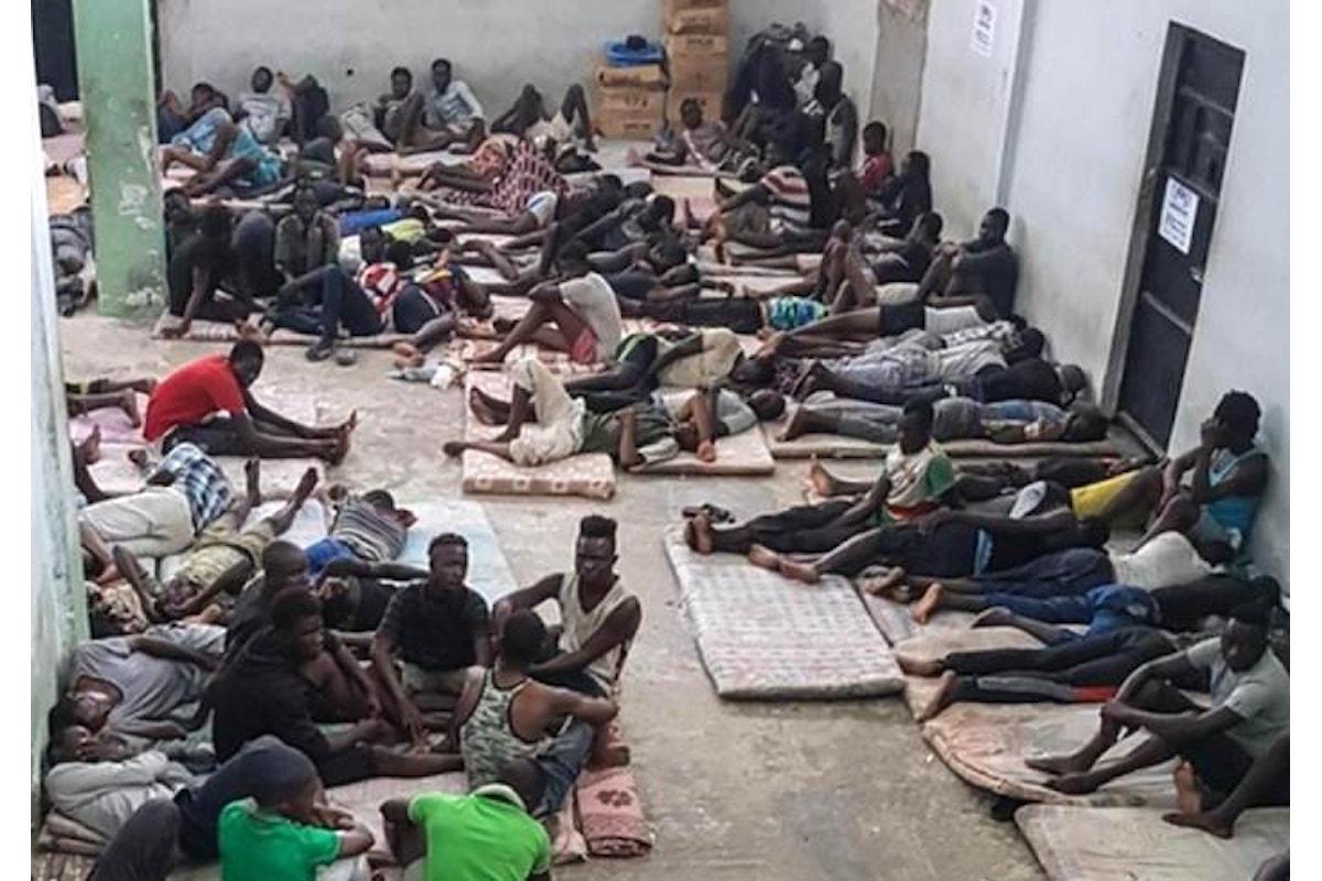 La nuova denuncia dell'Unhcr su quanto avviene in Libia: atrocità indicibili nei centri di detenzione e trafficanti che impersonano membri dell'Agenzia