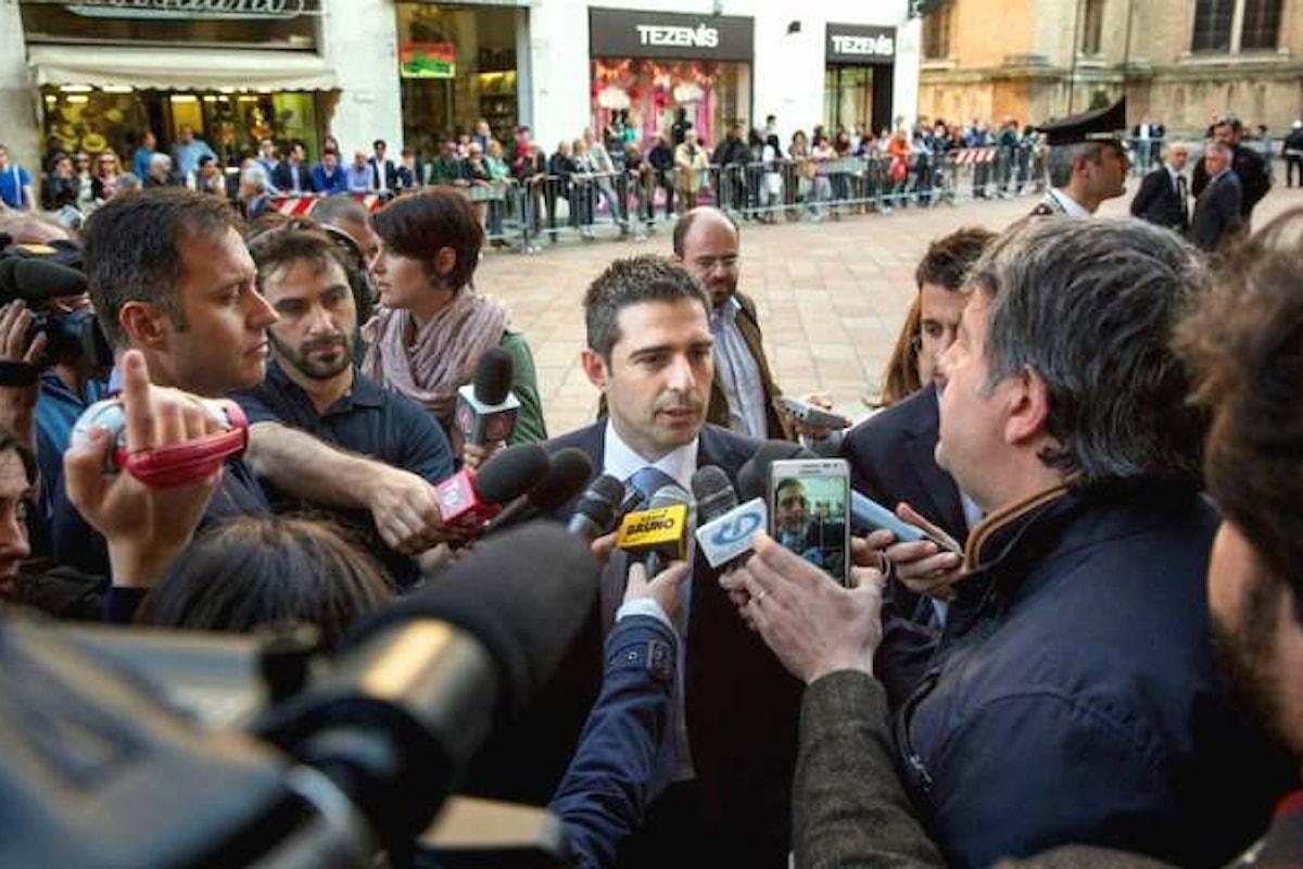 Pizzarotti lascia il Movimento 5 Stelle. Lunedì l'annuncio